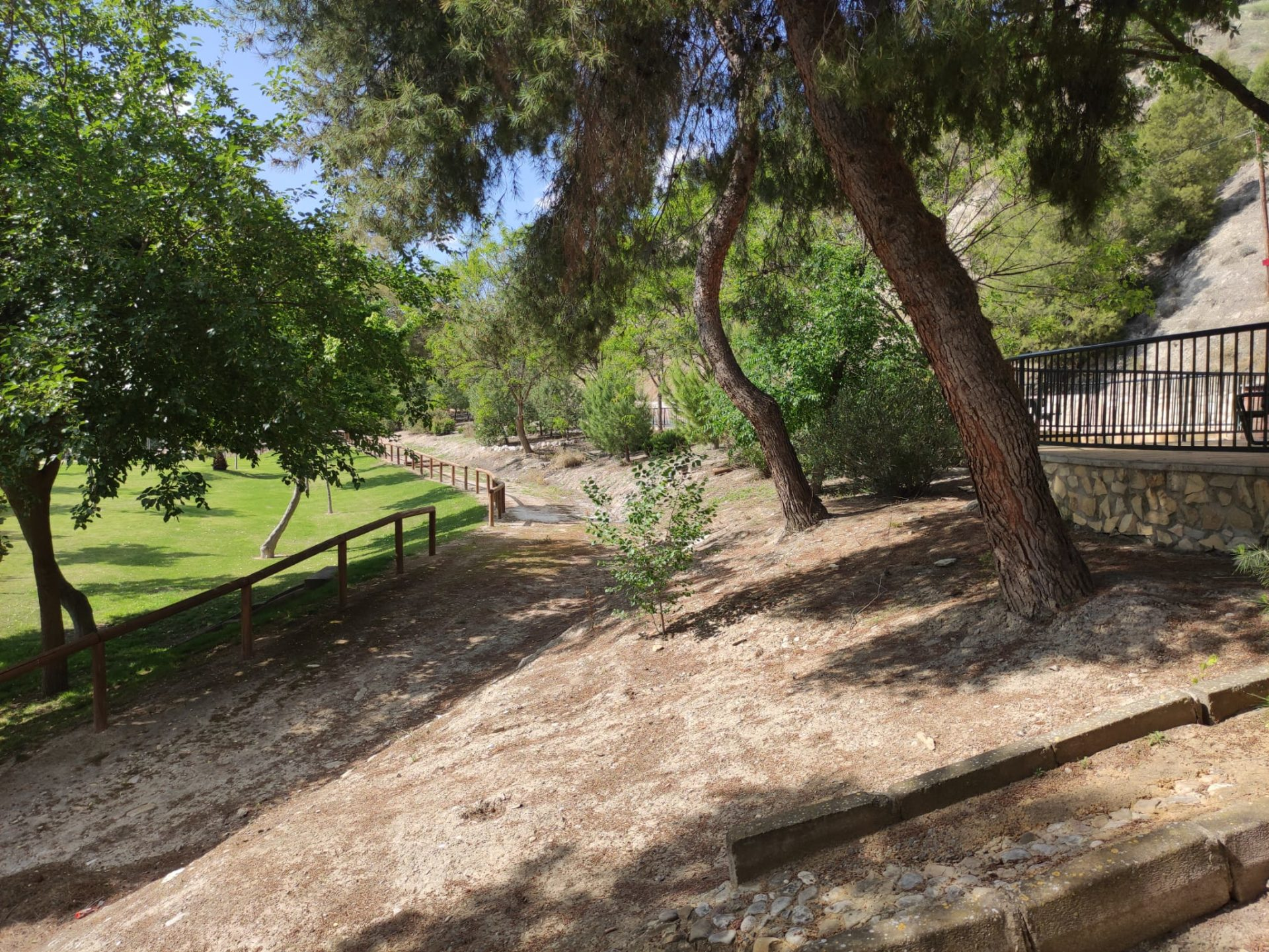 El Ayuntamiento de Lucena ampliará en Jauja los jardines en el entorno del río Genil 1