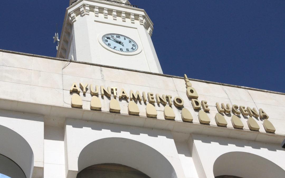 El reloj de la plaza Nueva retoma su funcionamiento