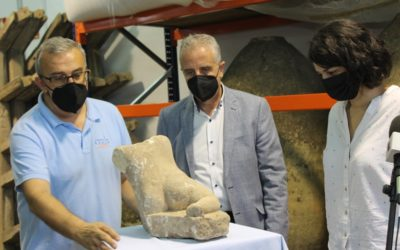 El Museo Arqueológico de Lucena recibe una escultura de un Hércules niño y piezas de una almazara local de época romana