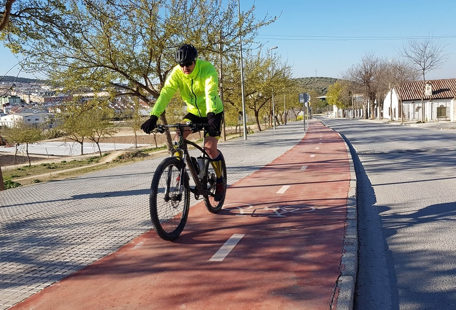 El Ayuntamiento de Lucena solicita subvención para completar el carril bici en el anillo del centro urbano